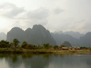 Berglandschaft im südostasiatischen Laos