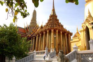 Die Tempelanlage Wat Pho bei Bangkok in Thailand